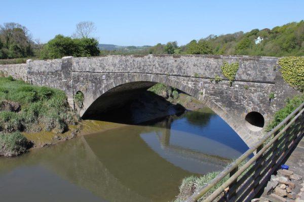Bridge-over-River-Taf-600x400 Gallery