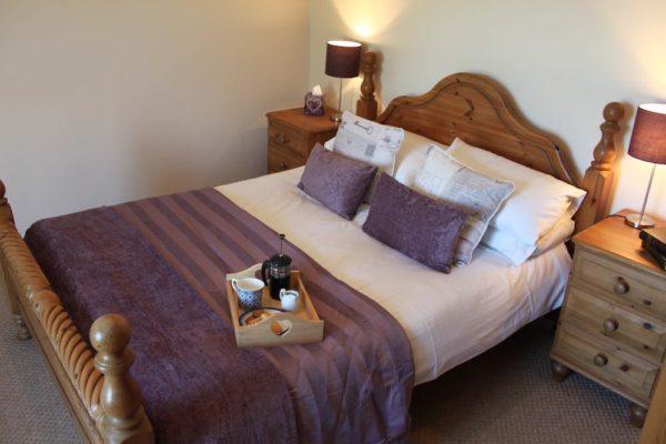 Double-Bedroom-600x400 Gallery